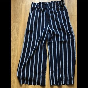 H&M blue and white striped crop pant